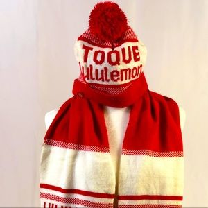 Lululemon Classic Hat and Scarf Set